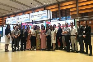 Sản phẩm tiết kiệm năng lượng của đoàn doanh nghiệp Hà Nội đã tỏa sáng tại Photonics Korea 2019
