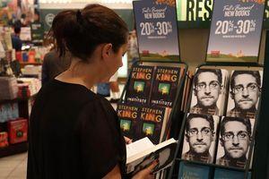 Chính phủ Mỹ vấp hiệu ứng ngược với án kiện hồi ký Edward Snowden