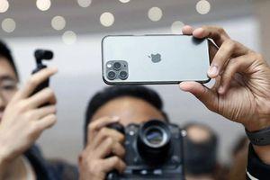 Chê xấu thậm tệ, người Trung Quốc vẫn đổ xô đi mua iPhone 11 Pro