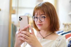 Thế giới chưa bán, iPhone 11 Pro Max đã lén kích hoạt ở VN