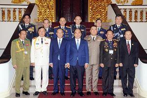 Thủ tướng Nguyễn Xuân Phúc tiếp Ðoàn đại biểu các Trưởng đoàn dự Hội nghị Tư lệnh Cảnh sát các nước ASEAN