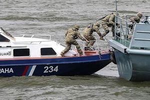 Nga bắt giữ 2 tàu cá, 11 thuyền máy cùng 161 công dân Triều Tiên