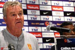 HLV Guus Hiddink bất ngờ rời U22 Trung Quốc sau trận thua U22 Việt Nam