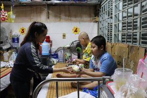 Sinh viên lần đầu xa nhà: 'Ba mẹ đừng lo cho con'