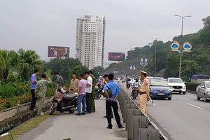 Truy tìm đối tượng dùng dao bầu đâm người phụ nữ trên cầu Bãi Cháy