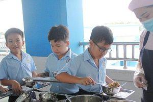 Chuẩn hóa thực đơn bán trú tiểu học Bạc Liêu bằng phần mềm