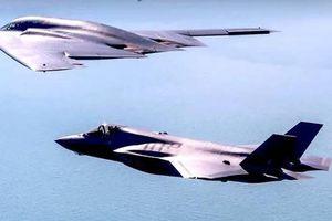 Máy bay đắt nhất thế giới của Mỹ tập trận gần biên giới Nga