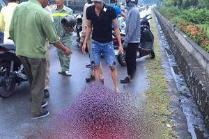 Một phụ nữ ở Quảng Ninh bị đâm nhiều nhát, ngã gục trên đường dẫn cầu Bãi Cháy