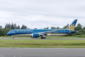 Siêu tàu bay Boeing 787 của Vietnam Airlines phải hạ cánh 2 lần