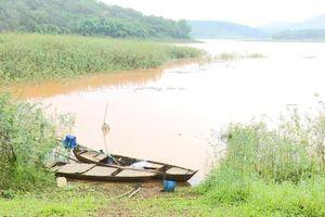 Ba nam học sinh lớp 9 tại Bình Phước đuối nước thương tâm