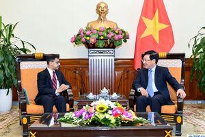 Phó Thủ tướng Phạm Bình Minh tiếp Đại sứ Ấn Độ Pranay Verma