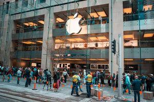 Apple chính thức mở bán loạt iPhone 11 trên toàn cầu