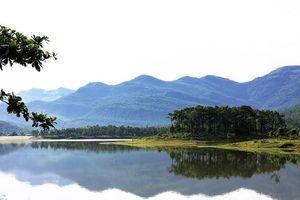 Thành phố Uông Bí (Quảng Ninh): Khơi dậy tiềm năng du lịch sinh thái hồ Yên Trung