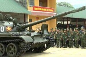 T-62 qua mặt cả T-72 nhờ đạn xuyên đặc biệt của Pháp