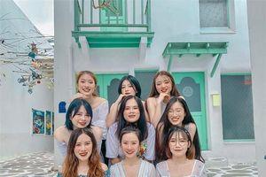 Hot girl '7 thứ tiếng' Khánh Vy kể chuyện đi 'đu đưa' cùng hội bạn thân ở Thái Lan: Lúc đi hết mình lúc về ngủ ngoài đường!