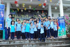 Herbalife Việt Nam vui Tết Trung thu cùng trẻ em có hoàn cảnh khó khăn