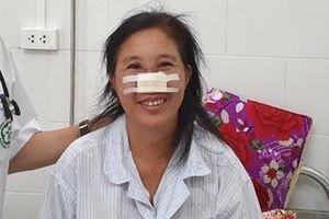 Người phụ nữ bị vi khuẩn Whitmore 'ăn' cánh mũi được xuất viện