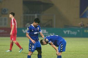 V-League dậy sóng: Trọng tài 'bẻ còi' khó tin, giúp Viettel bảo toàn chiến thắng