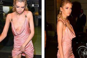 Xấu hổ với chiếc váy rộng cổ, phản cảm hết nấc của Stella Maxwell