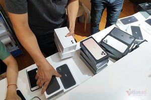 iPhone 11 xách tay về Việt Nam giá rẻ, cháy hàng ngay trong đêm
