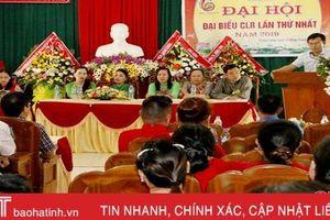 Ra mắt CLB Bảo tồn di sản hát chầu văn & nghi lễ hầu đồng phường Trung Lương