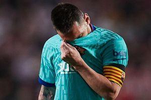 Barca thua sốc 0-2 trước Granada dù Messi trở lại