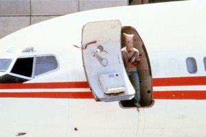 Kẻ gây '3 ngày địa ngục' trên máy bay Mỹ sa lưới sau hơn 30 năm