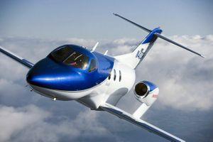 Chủ tịch toàn cầu Toyota nói Lexus sẽ sản xuất máy bay