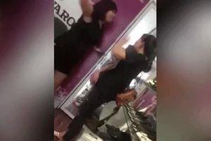 Chủ shop ở Hà Nội tát nữ nhân viên, dọa gọi giang hồ đến xử