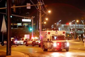 Ba người chết, 4 người nhập viện tại Mỹ với chiếc vòng cam bí ẩn