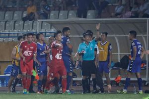 Quyết liệt cải tổ chất lượng trọng tài V-League