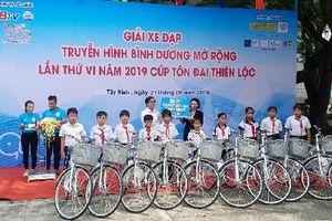 Tay đua Mai Công Hiếu giành áo vàng chặng 5 Giải đua xe đạp Truyền hình Bình Dương