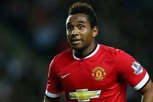 Cựu ngôi sao của Manchester United và đội tuyển Brazil giải nghệ ở tuổi 31