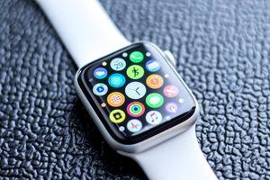 Apple Watch cứu sống cụ ông bị ngã khi đạp xe