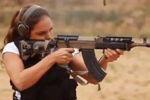 Uy lực súng AK cải tiến mang thiết kế Tây Âu lạ lẫm