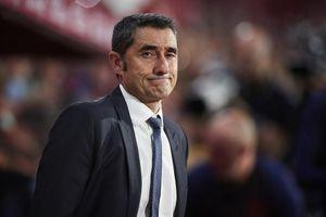 Học trò bất mãn với HLV Valverde, ông chủ Barcelona phải ra mặt