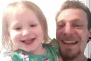 Bé gái 2 tuổi tử vong do bị người trông trẻ bỏ quên nhiều giờ trên xe ô tô