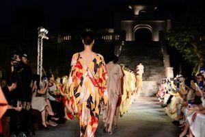 ' Yên' - Bộ sưu tập thời trang được khơi nguồn cảm hứng từ vùng đất Yên Tử