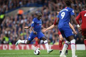 Liverpool thắng Chelsea đầy kịch tính