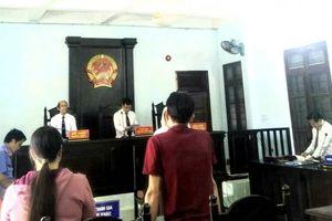 Tòa đề nghị điều tra bổ sung vụ bé gái 13 tuổi sinh con tại Bình Phước