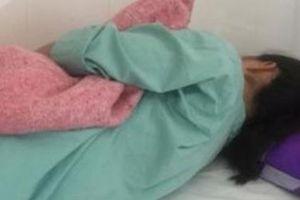 Đình chỉ công tác bác sĩ bị tố hành hung nữ điều dưỡng