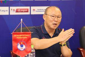 HLV Park Hang Seo tiết lộ thông tin bất ngờ về hợp đồng với VFF