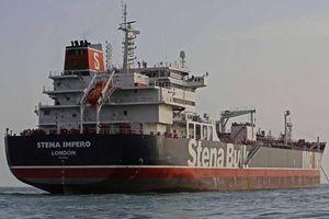Tàu Anh được thả 'vẫn chưa rời Iran'