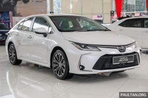 Cận cảnh Toyota Corolla Altis 1.8G 2020 nhiều khả năng về VN