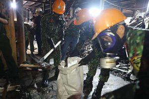 Hơn 1.000 tấn chất thải được thu gom sau vụ cháy Rạng Đông