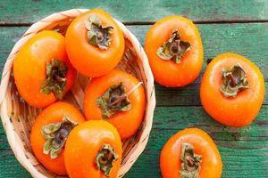 Chế biến loạt món ngon đặc sắc từ quả hồng giòn mùa thu có nhiều