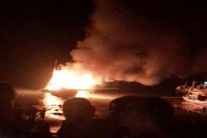 Thanh Hóa: Sau tiếng nổ lớn trên thuyền đánh cá, nhiều người bị thương và mất tích