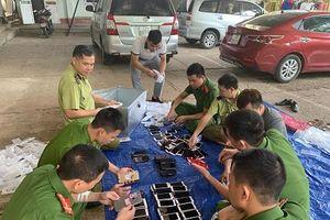 Nhập lậu điện thoại iPhone Trung Quốc bị bắt giữ
