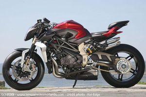 Cận cảnh naked bike nhanh nhất thế giới, giá gần 1,1 tỷ đồng