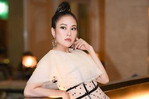Đổi gu xuyên thấu tinh tế, Hoa hậu Tuyết Nga khoe khéo body nuột nà đáng mơ ước
